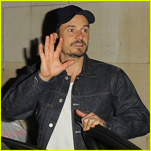 Orlando Bloom Greets Fans After Performing in 'Killer Joe' in London!