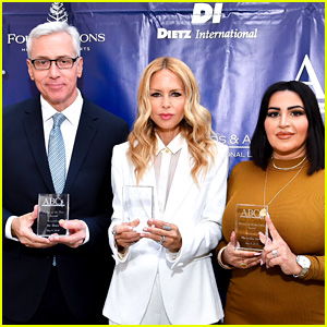Rachel Zoe Receives Mother of the Year Award at ABC's Mother's Day Luncheon 2018!