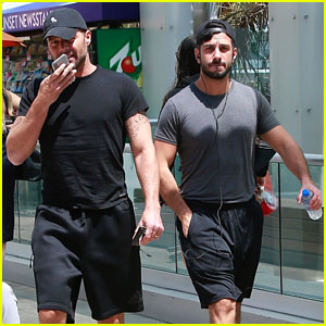 Ricky Martin & Husband Jwan Yosef Flaunt Their Muscles at the Gym