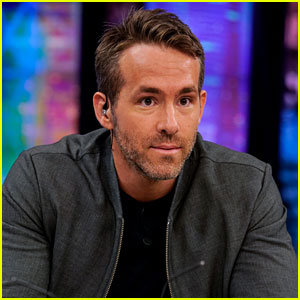 Ryan Reynolds Beats Jessica Chastain's Staring Contest Record!