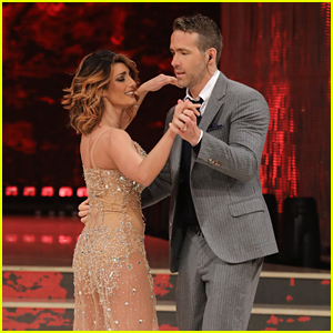 Ryan Reynolds Performs on Rome's 'DWTS'!