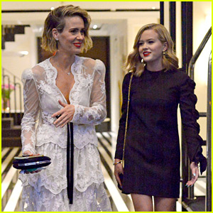 Sarah Paulson Hangs Out in NYC with Reese Witherspoon's Daughter Ava Phillippe!