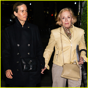 Sarah Paulson On Media's Attention to her Relationship with Holland Taylor: 'A Funny Dance'