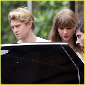 Taylor Swift & Joe Alwyn Step Out for Lunch Date in London!
