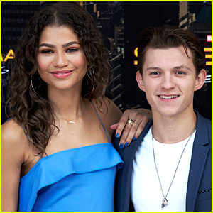 Tom Holland Raves About Zendaya's Met Gala 2018 Look!