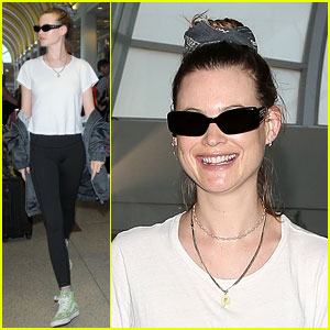 Behati Prinsloo Flies Back to Los Angeles to Catch Maroon 5 Live!
