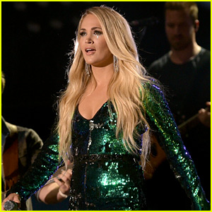 Carrie Underwood Headlines Second Night of CMA Fest!