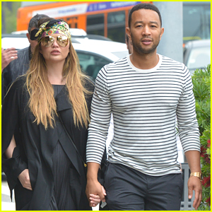 Chrissy Teigen & John Legend Hold Hands on Afternoon Lunch Date!
