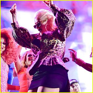 Christina Aguilera Performs Alongside Drag Queens at LA Pride!