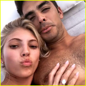 Model Devon Windsor Is Engaged to Johnny Dex - See the Ring!