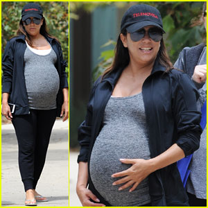 Pregnant Eva Longoria Gets In a Relaxing Day with Pals