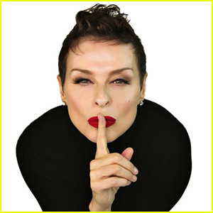 Get to Know Lisa Stansfield with These 10 Fun Facts! (Exclusive)