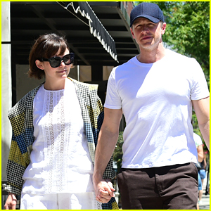Ginnifer Goodwin & Josh Dallas Hold Hands on Lunch Date!