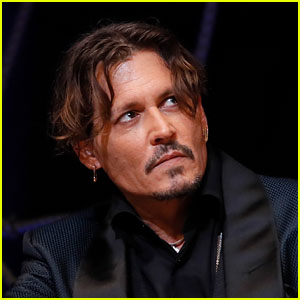 Johnny Depp Responds to Reports That He Wears Earpiece on Set to Get Fed His Lines