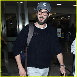 Josh Groban Flies Out of New York After the Tony Awards!