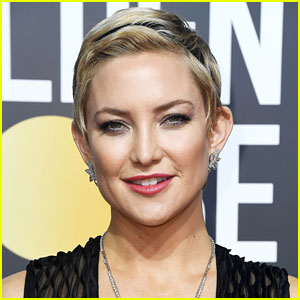 Kate Hudson Shares Photo of Her Bare Baby Bump in a Bikini!