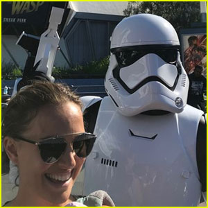 Natalie Portman Channels Her 'Star Wars' Character Padme at Disneyland!