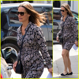 Pregnant Pippa Middleton Shows Off Her Baby Bump While Shopping in Chelsea!