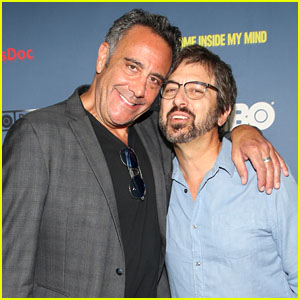 Ray Romano & Brad Garrett Have an 'Everybody Loves Raymond' Reunion at Robin Williams Documentary Premiere!