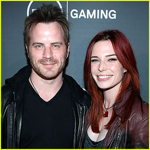 Chloe Dykstra's Boyfriend Robert Kazinsky Reacts to Chris Hardwick's Denial of Her Accusations