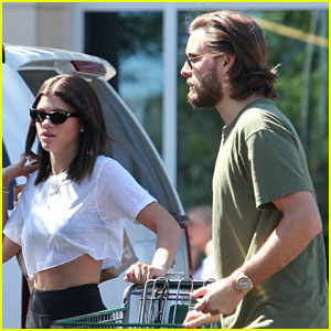 Scott Disick & Sofia Richie Go Low-Key on Sunday with Grocery Shopping