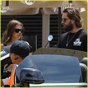 Scott Disick & Sofia Richie Put Split Rumors to Rest, Step Out Together!