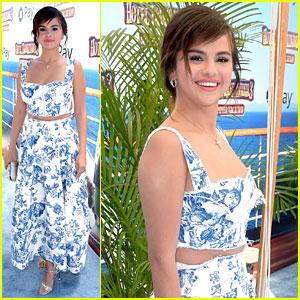 Selena Gomez Wears a Perfect Summer Look to 'Hotel Transylvania 3' Premiere