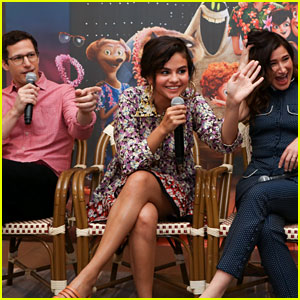 Selena Gomez Shares Laughs with 'Hotel Transylvania 3' Co-Stars at Press Conference