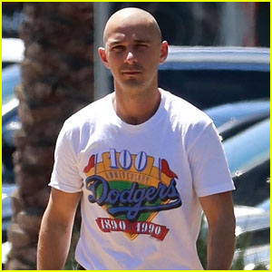 Shia LaBeouf Grabs Lunch While Filming His New Movie 'Honey Boy'!