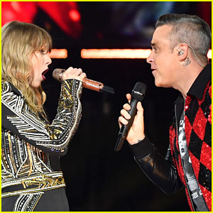Taylor Swift & Robbie Williams Perform 'Angels' Duet at Her 'Reputation Tour' Concert in London! (Video)