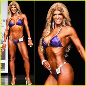 Teresa Giudice Shows Off Toned Bikini Body in Bodybuilding Competition