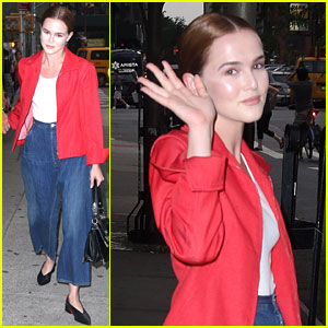 Zoey Deutch Is Back in NYC After Attending 'Set It Up' Writer's Wedding!