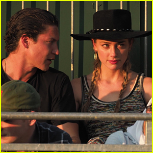Amber Heard Gets Cozy with Vito Schnabel at Wimbeldon 2018