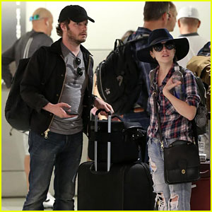 Anna Kendrick & Boyfriend Ben Richardson Touch Down in Miami