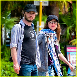 Anna Kendrick & Boyfriend Ben Richardson Enjoy a Fun Day in Miami