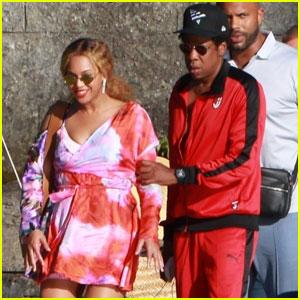 Beyonce & Jay Z Take a Romantic Boat Ride on Lake Como