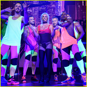Britney Spears Kicks Off Her 'Piece of Me' Summer Tour in Maryland!