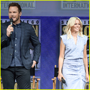 Chris Pratt & Elizabeth Banks Bring 'The Lego Movie 2' to Comic-Con!