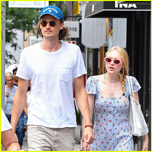 Dakota Fanning & Boyfriend Henry Frye Step Out for Casual Weekend Date
