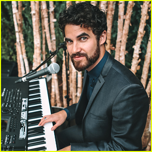 Darren Criss Hosts Intimate Dinner Party at Aspen