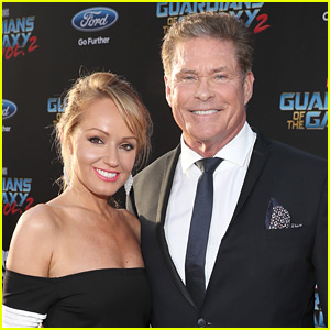 David Hasselhoff Marries Longtime Girlfriend Hayley Roberts!
