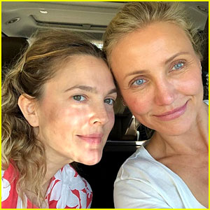 Drew Barrymore & 'Charlie's Angels' Co-Star Cameron Diaz Reunite for Makeup-Free Selfie!
