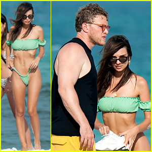 Emily Ratajkowski Hits the Beach with Husband Sebastian Bear-McClard!
