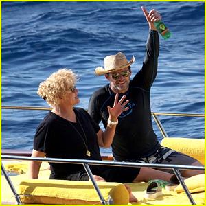 Hugh Jackman & Wife Deborra Lee Furness Enjoy an Italian Vacation!