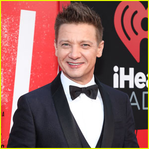 Jeremy Renner Joins Jamie Foxx in the Cast of 'Spawn'