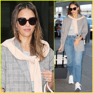 Jessica Alba Jets Home After Business Trip in NYC