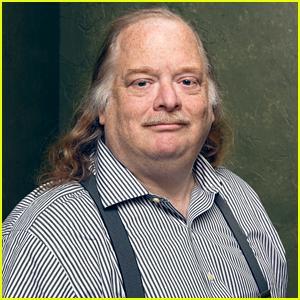 Jonathan Gold Dead - Pulitzer Prize-Winning LA Food Writer Dies at 57