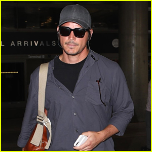 Josh Hartnett Arrives Back in Los Angeles After Attending Wimbledon in London