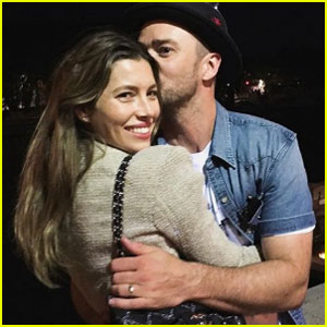 Justin Timberlake & Jessica Biel Get Romantic During Trip to Paris