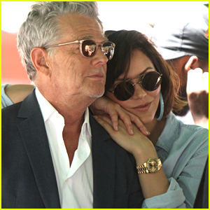 Katharine McPhee & Fiance David Foster Snuggle Up in Bryant Park!